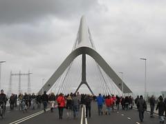 Stadsbrug De Oversteek, Nijmegen (Stewie1980) Tags: bridge netherlands canon nijmegen nederland powershot opening brug gelderland nimwegen sx130 nimgue deoversteek stadsbrug sx130is canonpowershotsx130is