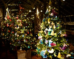 Longwood Christmas: Children's Tree Room (The Flying Inn) Tags: christmas flowers decorations red white holiday green gardens garden square lights display pennsylvania pa penn dupont longwoodgardens longwood kennett kennettsquare