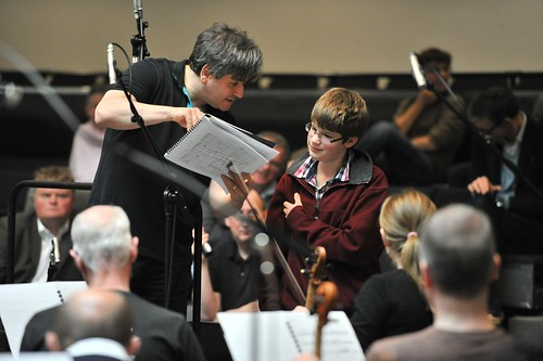 Music Director Antonio Pappano working with Fanfare winner Francis Wignall © ROH 2011