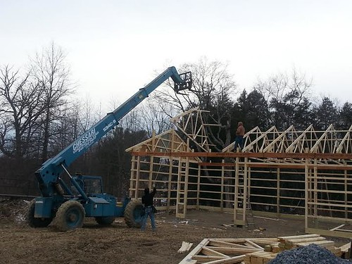 SETTING TRUSSES MARCH 2014