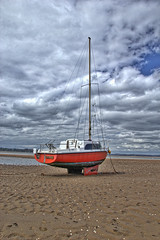 Yacht at Exmouth (andyg1962) Tags: sea beach ex canon river boats yacht tidal exmouth 60d