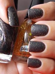 Black Tie + 18 Quilates - Jade + Cobertura Fosca - Colorama (Natalia Breda) Tags: glitter preto jade fosco flocado esmaltenacional