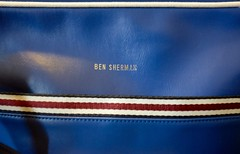 Packing (jessrawk) Tags: voyage trip travel blue red white closeup silver bag stripes label ottawa stripe luggage 365 lettering unionjack porter item bensherman 222 carryon bonvoyage snob twohundredandtwentytwo ceruleanblue carryonbaggage twotwentytwo