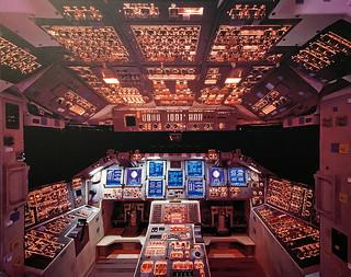 Cookpit des Space Shuttle Columbia, da würde ich auch gerne mal mitfliegen