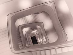 Sin rastro.....de mis gafas. (amjs63) Tags: escalera virado caixafórum