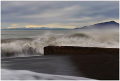 Liguria....tra Monti e Mare (Photo Luc@) Tags: liguria monti mare canon 6d ff sigma paesaggio sea art light nubes sky spiaggia cielo sunset mar colors nature eos