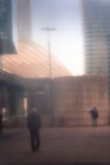 def silhouette 15  (1 sur 1) (west elsa) Tags: défense silhouette street urbain canon
