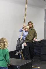 Seamus's rope swings (grilljam) Tags: ewan 7yrs winter march2017 seamus 4yrs graham