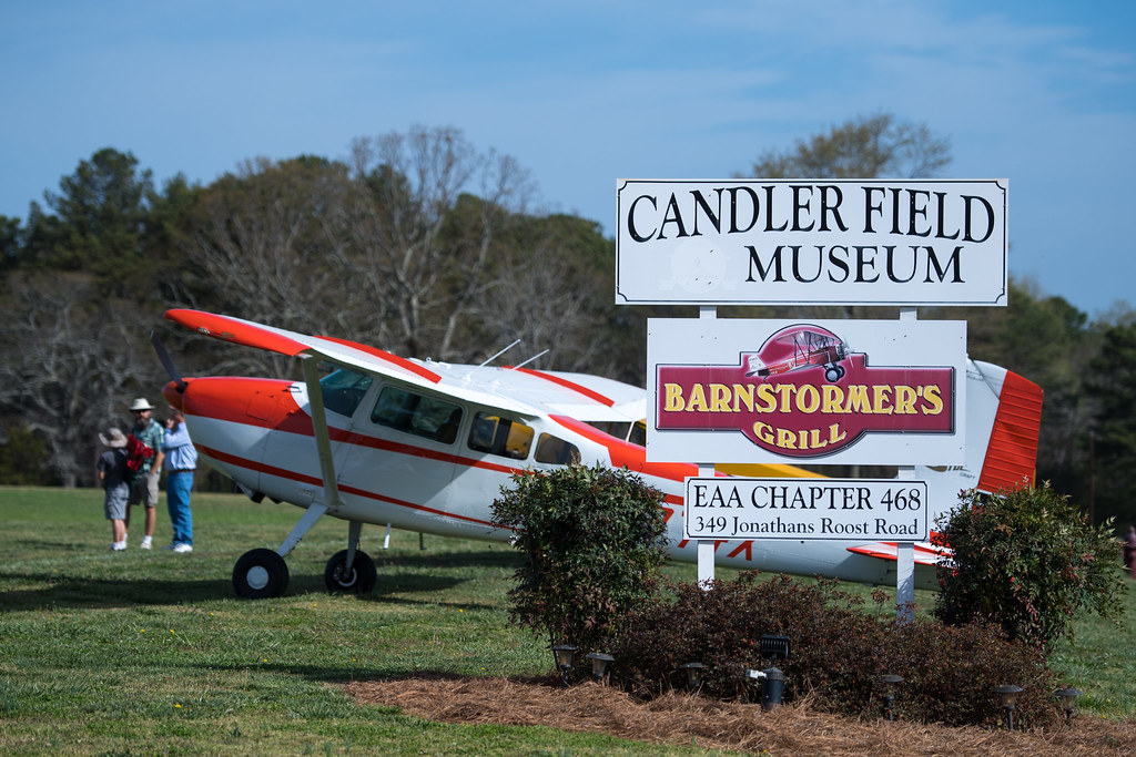 Saying Goodbye One Last Time – Hangar Flying