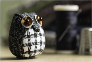 Macro Monday (option) - Cloth / Textile - Owl
