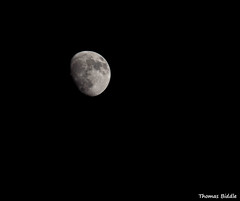 Moon (One shot Thomas) Tags: sky moon night nikon lunar nikkon 55200mm d3100