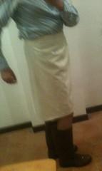 white skirt and wellies (fioremaria1973) Tags: bowtie skirt wellies rubberboots wellingtons superga gumboots menintights rainboots maninskirt meninskirt