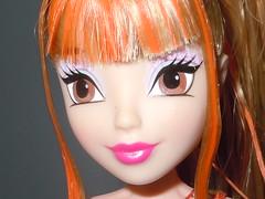 Stella Sirenix Face Super Close Up (winxeric97) Tags: stella sun color club hair toy doll pacific review fairy change shining harmonix jakks winx believix sirenix