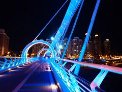P9110099 (Wisely Hu) Tags: lumix panasonic 夜景 橋 714mm 新店區 新北市 陽光運動公園 陽光橋