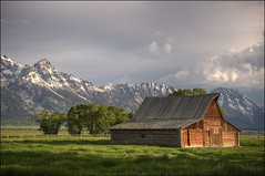 T.A Moulton Barn - Grand Teton National Park (helikesto-rec) Tags: mountains barn tetons moulton tetonnationalpark mormonbarn
