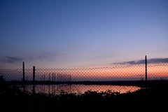 Happy Fence Friday () Tags: sunset sky fence photography photo tramonto foto photographer photos cielo fotografia stefano fotografo rete crepuscolo hff trucco zush d7100 stefanotrucco