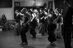 Manuel Betanzos en clase (Manuél Betanzos) Tags: de manuel flamenco ¨baile ¨sevilla ¨flamenco¨ ¨escuela ¨clases flamenco¨ ¨academia betanzos¨ ¨sevillanas¨ sevillanas¨ ¨triana ¨españa