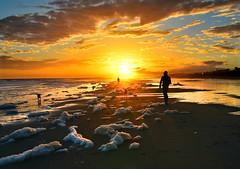 Spumous sunset (Juampiter) Tags: