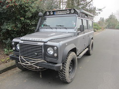Land Rover Defender (v8dub) Tags: auto terrain car automobile all 4x4 4 automotive rover voiture land wd defender tout wagen pkw gelndewagen allrad