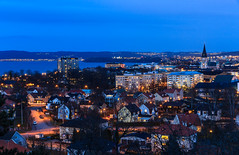 "View over Jönköping, ""capital"" of county Småland, Sweden (Maria_Globetrotter) Tags: from park city blue mountain lake beautiful berg by night canon lights town view cloudy sofia sweden dusk pov sleep postcard south schweden hill capital over perspective kirche going pic landmark aerial hills astrid hour sverige om idyll picturesque blauwe natt suede vackra heure overview bleue kyrka vättern blå natten lindgren sjö blaue skymning kulle uur vykort stadsparken stunde timmen 600d svedala 1585 sofiakyrkan landmärke småstad img7272 idylliskt mariaglobetrotter småstads"