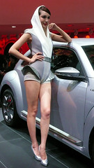 Shanghai - Beetle Beauty (cnmark) Tags: auto show china girl car vw volkswagen model shanghai beetle international   pudong   2013 allrightsreserved