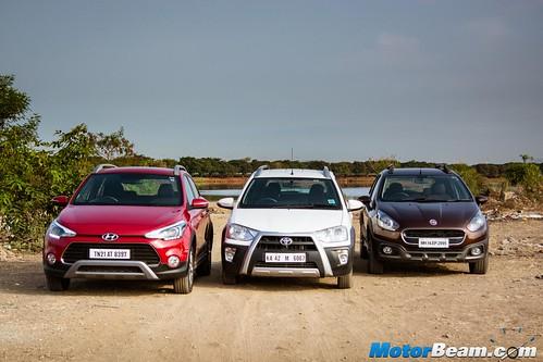 Hyundai-i20-Active-vs-Fiat-Avventura-vs-Toyota-Etios-Cross-09