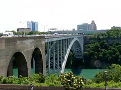 Rainbow Bridge, Niagara Falls (honestys_easy) Tags: toronto canada niagarafalls cntower niagara falls bridalveilfalls horseshoefalls americanfalls caveofthewinds birdkingdom