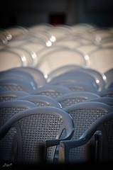 OpenAirKino (-BigM-) Tags: white germany deutschland photography town fotografie seat down baden stuhl innenstadt plastik kunststoff murr wn bigm wrttemberg weis waiblingen rems autitorium