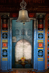 Temple Bell (Chesil) Tags: travel india temple bell decoration maharashtra hindu incredible chesil