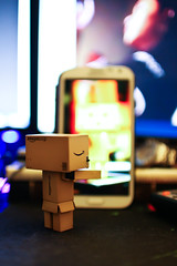 Is that really me? (iAndrewLim) Tags: 2 mirror phone bokeh f14 samsung sigma note 7d 30mm danbo