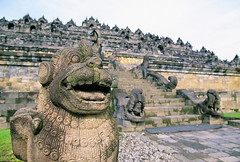 NDO-Borobudur17 (Sonya Pandarmawan) Tags: indonesia photo image stonework statues images photograph yogyakarta buddhisttemple borobudur staue templeruin