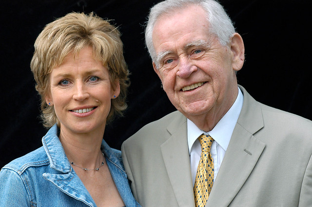 Sally and Magnus Magnusson at the 2004 Edinburgh International Book Festival