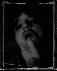 autoportrait 10-10 collectif (sdzn) Tags: aeroektar fujifp3000b sdzn 1010ch kodakaeroektar17825yellowdot