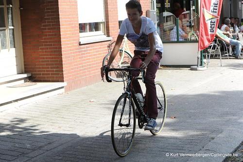 Minderhout (487)