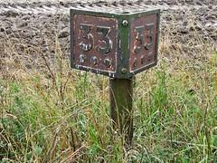 Milepost 33 3/4. (Kingfisher 24) Tags: scotland aberdeenshire milepost buchanandformantineway