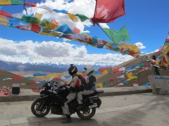 """Leaving Everest • <a style=""""font-size:0.8em;"""" href=""""http://www.flickr.com/photos/95544223@N05/9974351075/"""" target=""""_blank"""">View on Flickr</a>"""