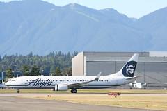 N423AS Alaska B737-900ER (Vernon Harvey) Tags: alaska vancouver boeing yvr 737 n423as