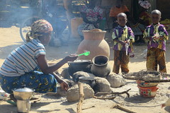 "Building resilience against hunger and malnutrition in Burkina Faso (EU Humanitarian Aid and Civil Protection) Tags: food de harvest des cash health drought care » transfer assistance santé sahel « resilience malnutrition récolte alimentaire transfert ""west soins sécheresse ""food africa"" ""burkina faso"" agir tapoa ""afrique monétaire l'ouest"" ""insécurité alimentaire"" insecurity"" ""subvention soins"" ""subsidised"