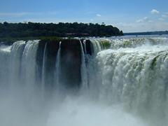 DSCF5595 (JohnSeb) Tags: brazil paraná argentina rio brasil río river waterfall nationalpark fiume rivière cataratas fluss iguazu iguazú cascada 河流 iguaçu rivier johnseb 川 southamerica2012