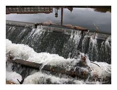 Wildwasser / White Water (bartholmy) Tags: chimney virginia factory lock fabrik richmond smokestack va luckystrike watertank schornstein weir wehr shockoebottom schleuse tobaccorow kanawhacanal wasserbehälter shiplockpark
