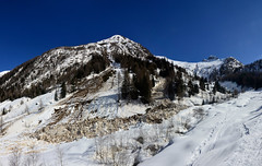 Le grandi valanghe (supersky77) Tags: schnee snow alps primavera alpes neve alpen alpi orobie lombardia avalanche lombardy lawine sondrio slavina tartano valanga alpiorobie valtartano orobian