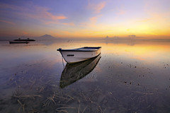 Another Day in Paradise (Pandu Adnyana Photography Tour) Tags: bali seaweed reflection beach sunrise indonesia landscape photography boat moss tour mount guide sanur agung baliphotography balitravelphotography pantaikarang baliphotographytour baliphotographyguide