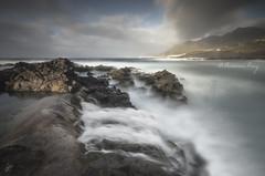 The shadow of the photographer (Francisco J. Pérez.) Tags: naturaleza nature mar spain tenerife islascanarias sigma1020mm pentaxk5 ´franciscojpérez