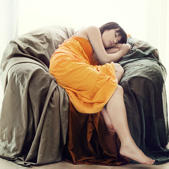 Flaming June (Amanda Hsu 阿曼達) Tags: orange woman sleep sofa leighton flamingjune