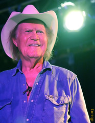 Billy Joe Shaver (DaBrain) Tags: music jason matt pepper drums berkeley nc cafe texas heart bass guitar dr live country band joe raleigh jeremy lynn hero taylor americana billy marianne onion davis tonk vocals mckenzie willis honky songwriter shaver the woodall