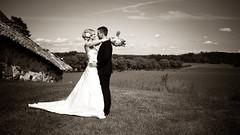 Caroline & Jimmy (Pierre Pocs) Tags: wedding fotograf pierre eskilstuna sommar brllop svartvitt pocs