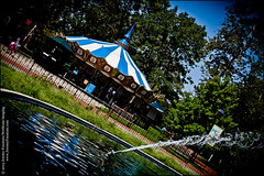 Sometimes you just go round and round (jeremy.fountain) Tags: philadelphia fountain reflections carousel pa oldcity franklinsquare philadelphiacountypa