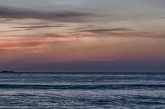 Nubes! (Uxo R (Fuera de onda)) Tags: sea espaa mar playa galicia nubes verano nwn acorua nikond5100 uxorivas