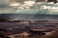 Canyonlands (Dennis Calvert) Tags: light utah canyonlands rays