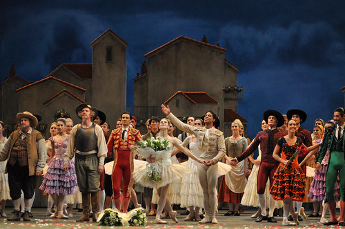 Carlos Acosta, Marianela Nuñez and members of The Royal Ballet at the curtain call for the gala night of Don Quixote © ROH / The Ballet Bag 2013